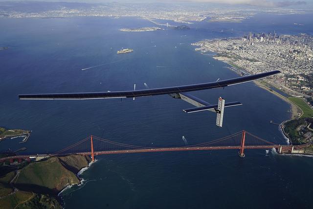 The Solar Impulse 2 Begins Crossing North America